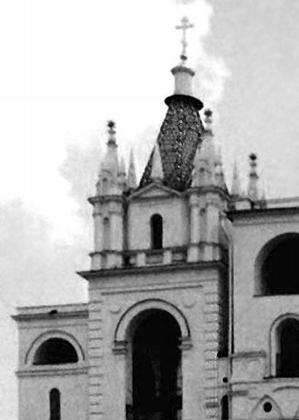 Филаретова звонница в Кремле. Джон Талер, полностью восстановлена после взрыва в 1813 г.