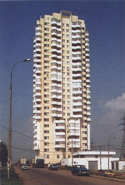 Многолучевые высотные здания в жилищном строительстве.